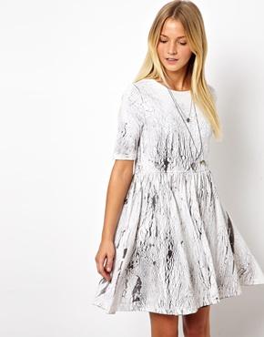 crack print dress