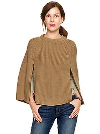 Sweater zip cape
